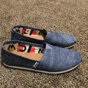 Blue Toms Size 9